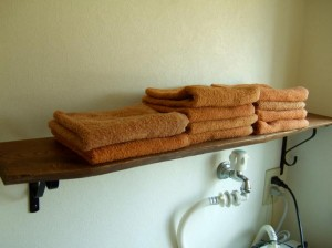 towel_shelves16-tweet